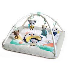 Découverte d'un tapis d'éveil pour bébé